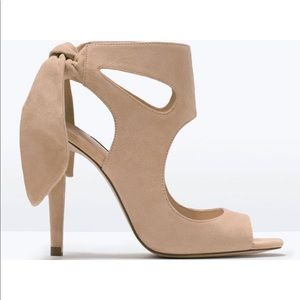🌱LIKE NEW | Zara | Suede Peep Toe Heels | Nude